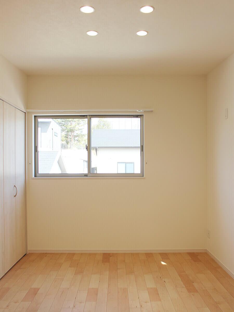 新築一戸建て建売住宅「OURS CASA 多久駅前 B号地」2F洋室①