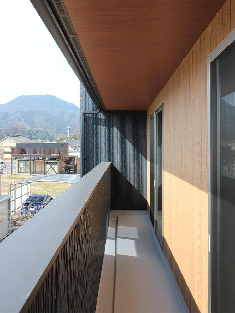 新築一戸建て建売住宅「OURS CASA 多久駅前 B号地」バルコニー