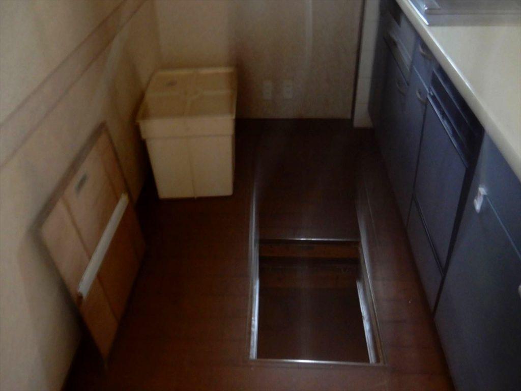 中古戸建 光が丘4丁目14-6 キッチン床下収納
