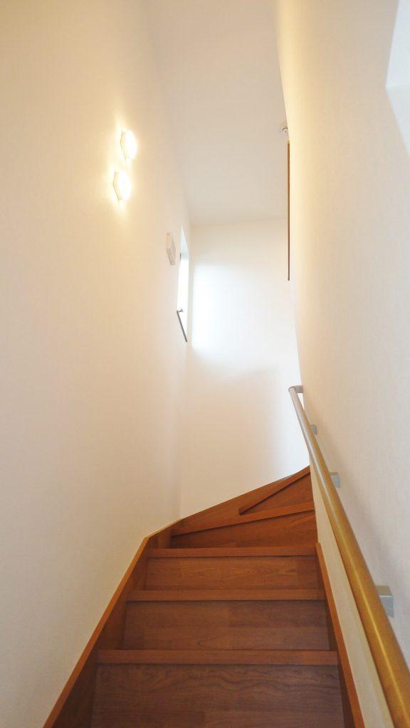 鳥栖市姫方町3号棟-階段