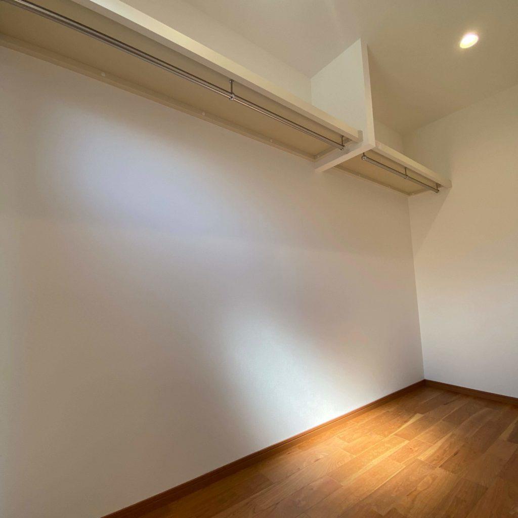 武雄市武雄町新築建売住宅「OURS武雄富岡3号地」◆主寝室ウォークインクローゼット