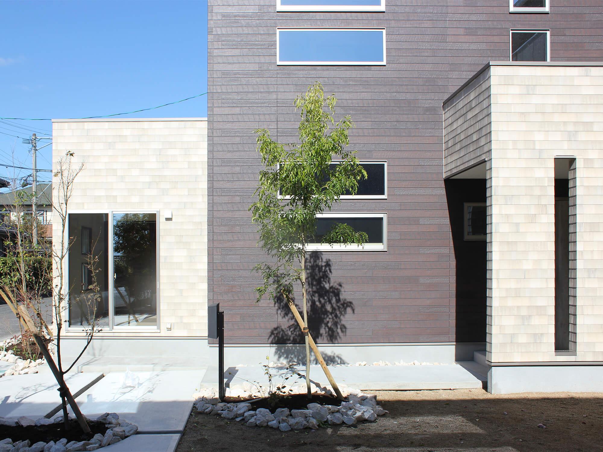 朝日I&Rリアルティの新築住宅「OURS 鍋島」外観
