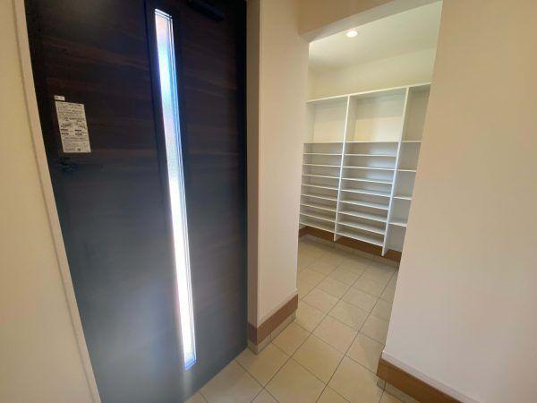 嬉野市嬉野町 新築戸建建売住宅 「OURS 嬉野1号地」◆玄関
