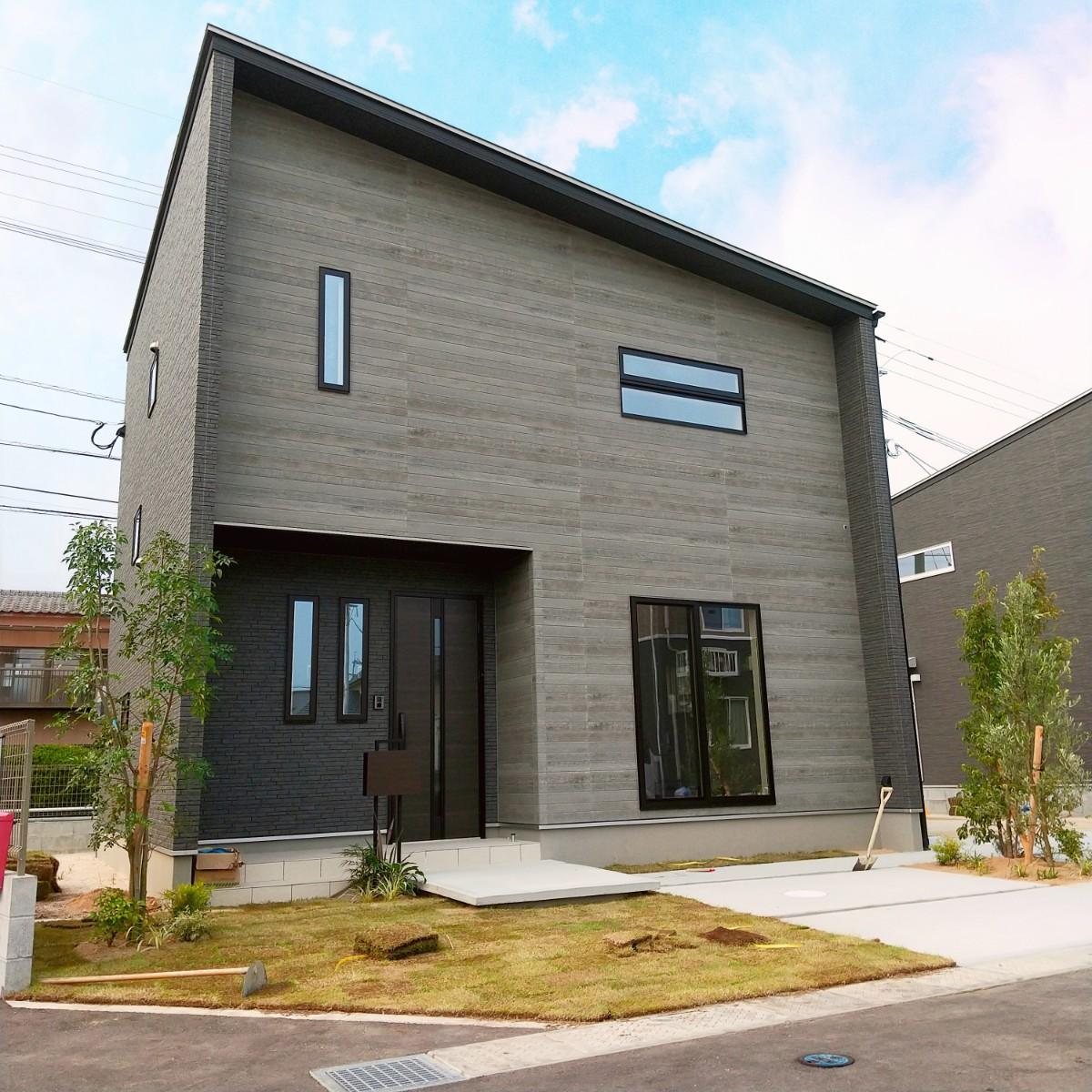 神埼市 新築建売住宅「OURS神埼1号地」外観