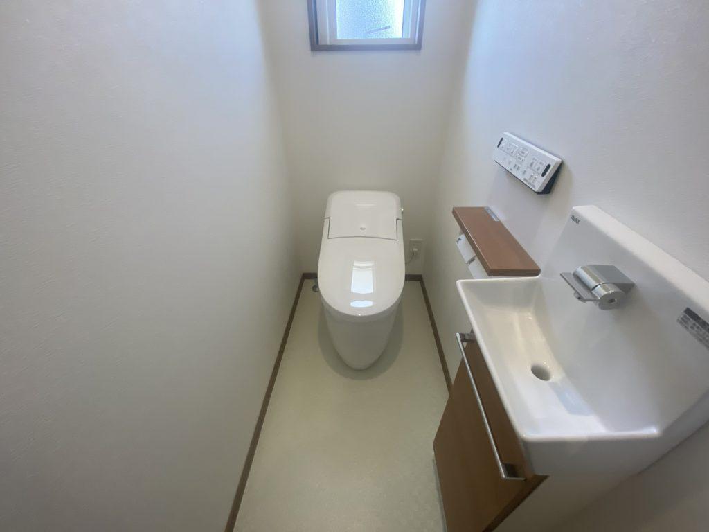 杵島郡白石町「OURS東郷1号地」1Fトイレ