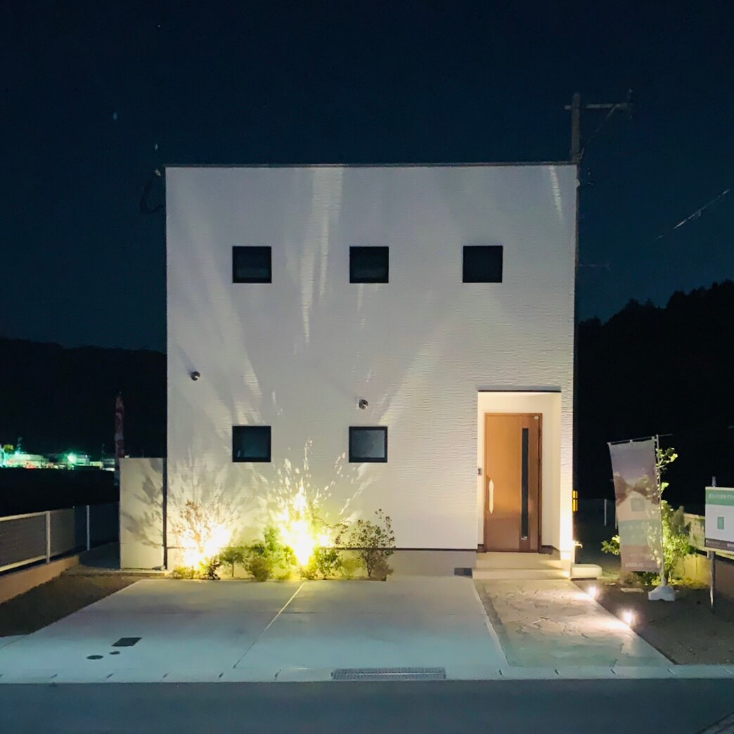 OURS小川内1号地(ライトアップ)