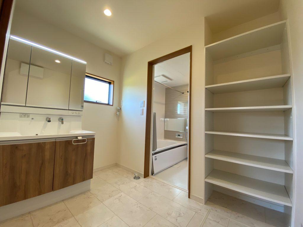 小城市新築建売住宅「OURS小城町2号地」洗面脱衣室