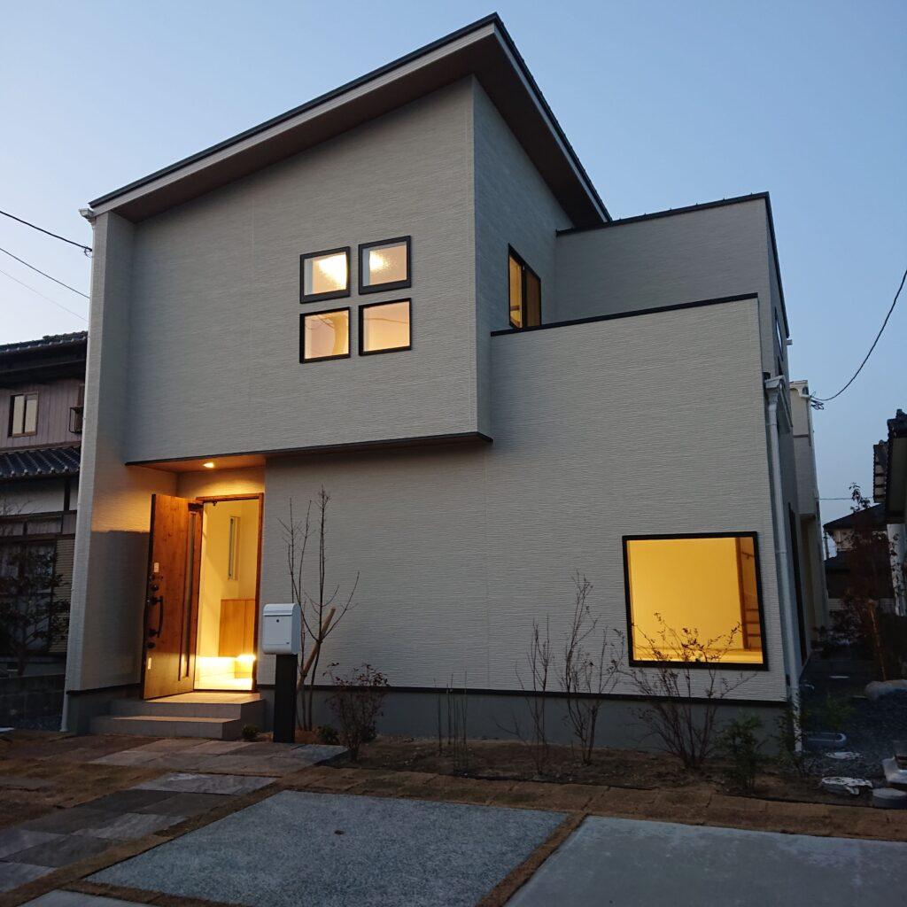 佐賀市新築建売住宅「OURS神園2号地」外観