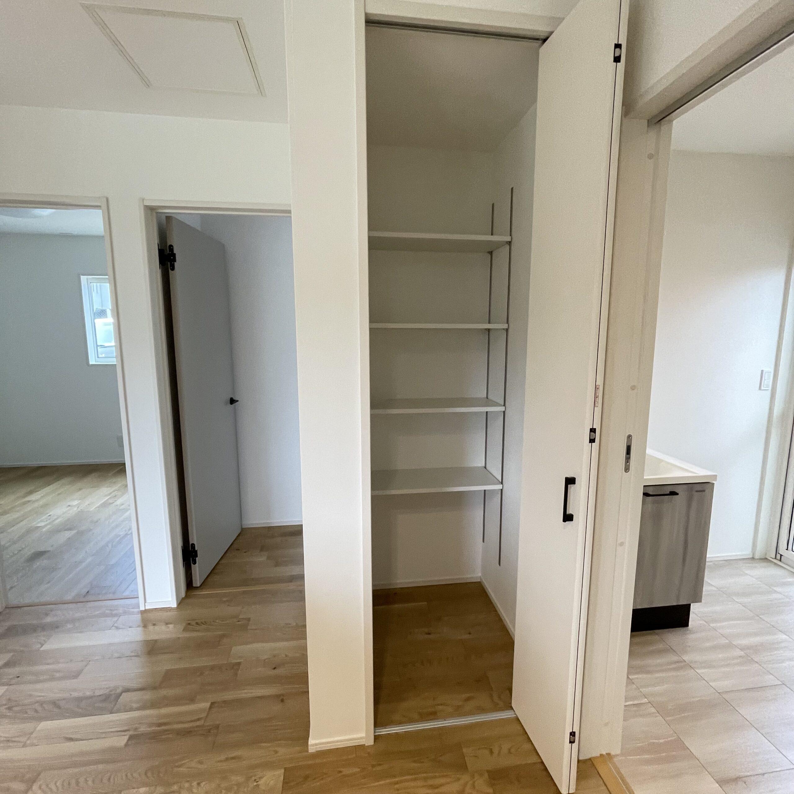 嬉野市新築建売住宅「OURS下宿」4号地パントリーパース