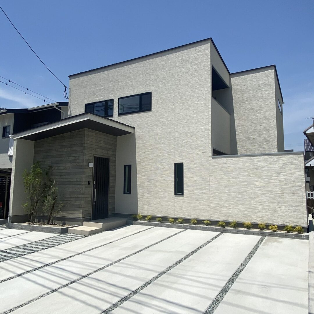 久留米市 新築建売住宅「OURS久留米国分」外観