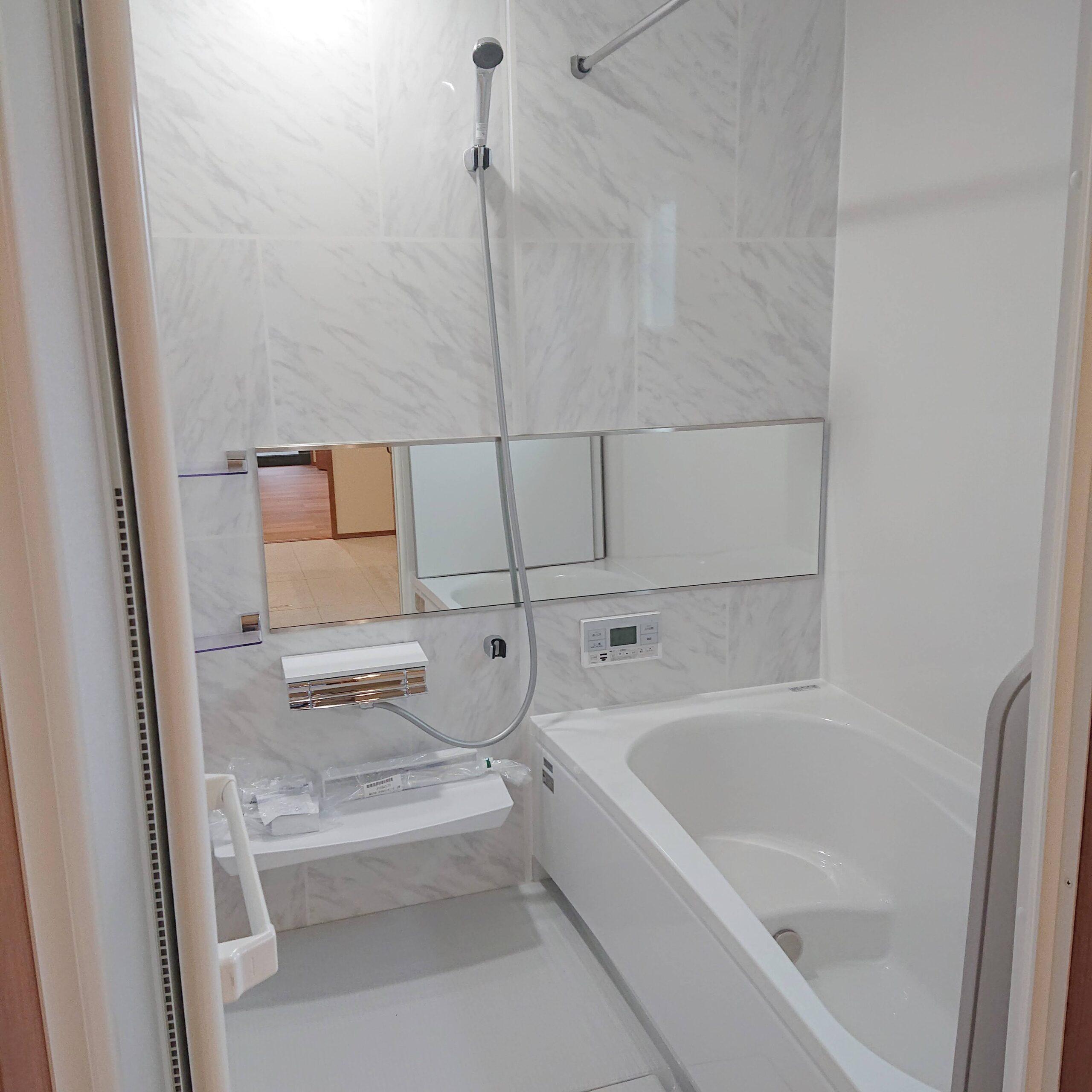神埼市新築建売住宅「OURS神埼町Ⅱ3号地」浴室